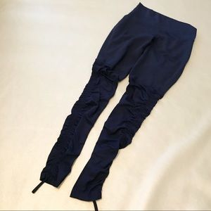 Fabletics ruched leggings sz Small